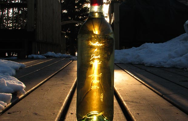wine bottle laser etching
